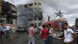 Selon un dernier bilan, 51 personnes ont trouvé la mort dans l'attentat de Reyhanli, à la frontière turco-syrienne, le 11 mai 2013.
