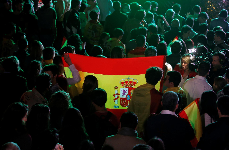 PSOE vence eleições na Espanha, mas precisará de alianças para governar
