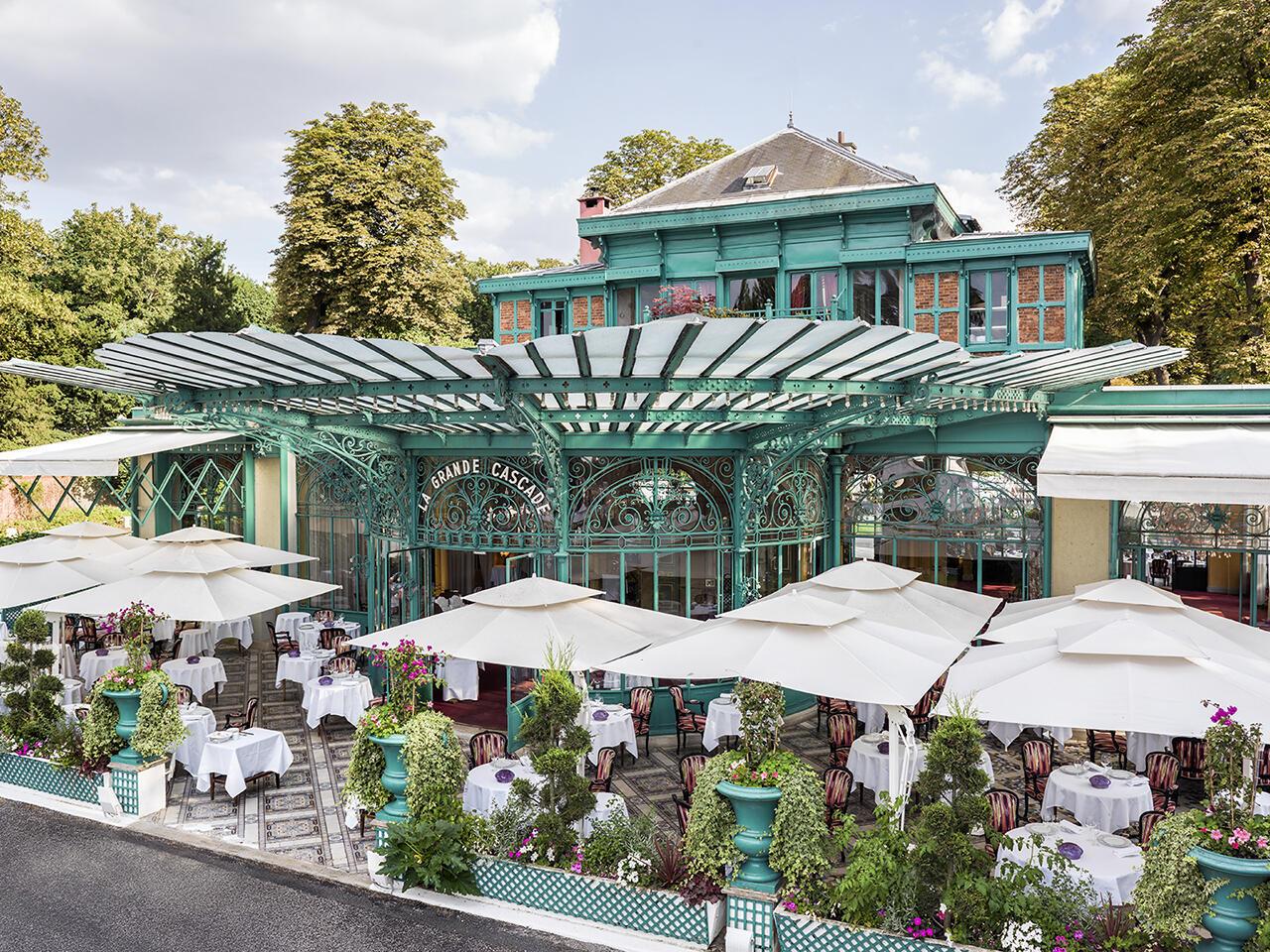 Исторические рестораны Парижа. La Grande Cascade в Булонском лесу.
