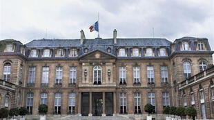 Vue générale de la cour du palais présidentiel de l'Elysée à Paris.