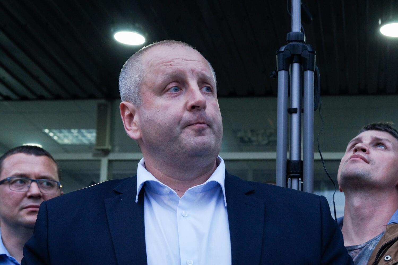 Мэр Жодино Дмитрий Заблоцкий на встрече с горожанами вечером 13 августа