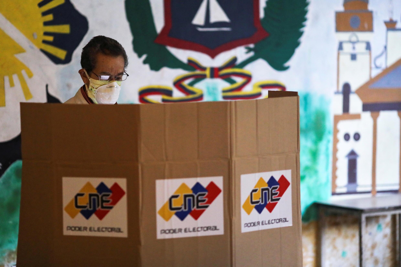 2020-12-06T140102Z_2006545959_RC2NHK95L598_RTRMADP_3_VENEZUELA-ELECTION