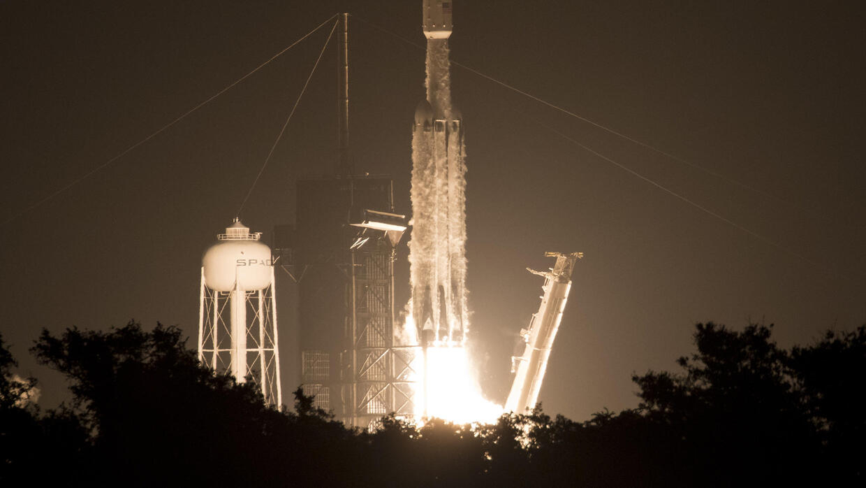 Rocketman (and woman): Elon and Gwynne, the pair who made SpaceX - RFI