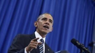 Dix jours après la fin officielle de son mandat, Barack Obama (ici le 6 décembre 2016) est sorti de sa réserve.