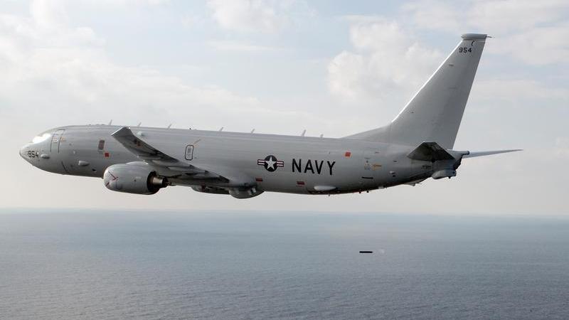 យន្តហោះអាមេរិក ធុន P-8 Poseidon ដែលជំនាញខាងស៊ើបការណ៍និងល្បាតដែនសមុទ្រ