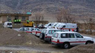 Des secouristes du Croissant rouge et des militaires ont été mobilisés pour retrouver l'avion, ici le 18 février.