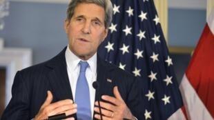 O secretário de Estado norte-americano pediu a mobilização internacional na luta contra a epidemia de Ebola.