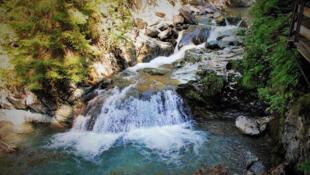 法國著名登山勝地Les Gorges De La Diosaz