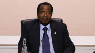 Le président camerounais Paul Biya, le 12 décembre 2017 à Boulogne-Billancourt, près de Paris.