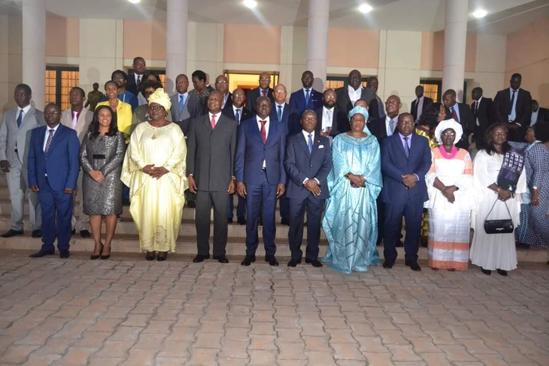 Fotografia de família do governo guineense em Bissau a 3 de Julho de 2019.
