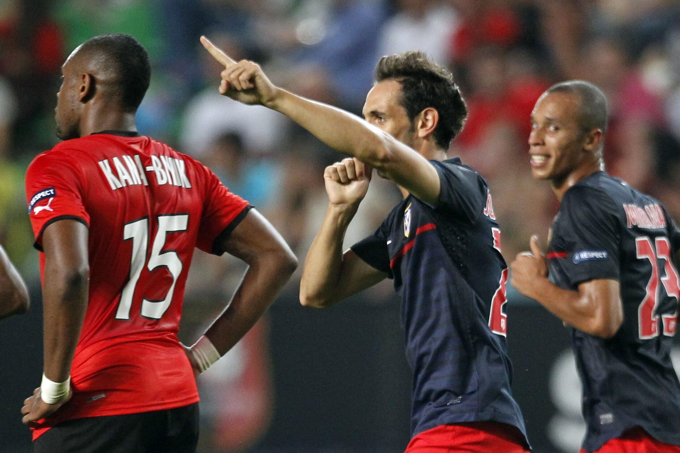 Le Rennais Kana-Biyik aura tout fait pour empêcher l'Atletico Madrid d'égaliser, ce jeudi 29 septembre 2011.