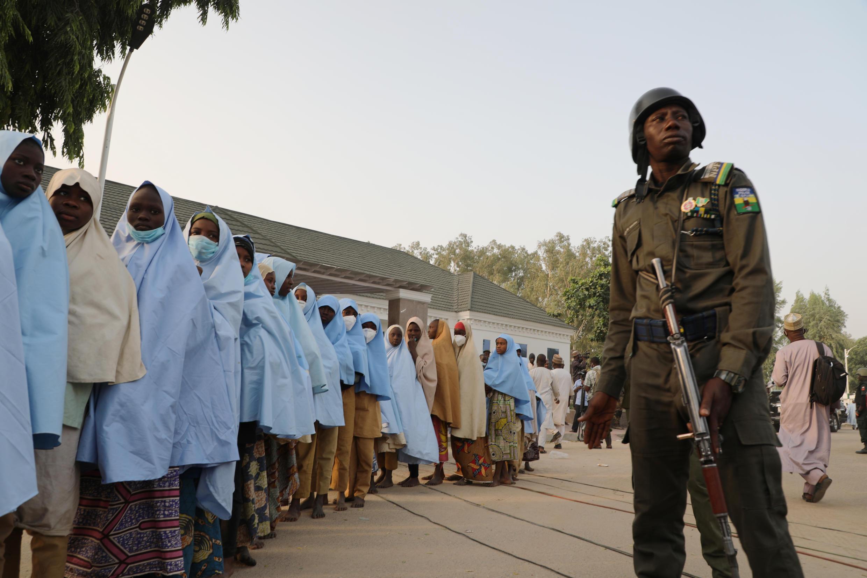 (natal yeru) sukaaɓe biftanooɓe to Nigeria