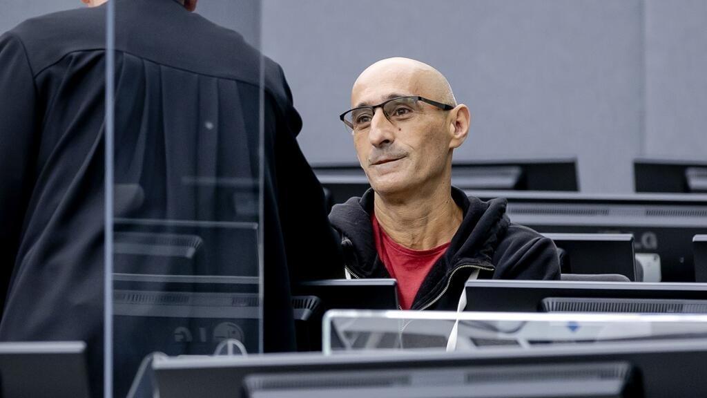 Crimes de guerre au Kosovo: qui est l'ex-commandant Salih Mustafa, jugé à La Haye?