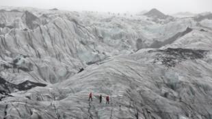Les glaciers islandais, comme celui de Solheimajokull, reculent inexorablement.
