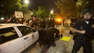 Nova onda de violência em Ferguson nos Estados Unidos.