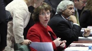 کاترین اشتون، نمایندۀ سیاست خارجی اتحادیۀ اروپا، در اجلاس امروز وزرای امور خارجۀ اتحادیۀ اروپا در بروکسل