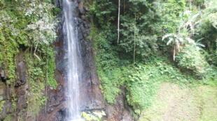 Cascata de São Nicolau, no norte da ilha de São Tomé.