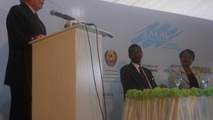 O vice-presidente Michel Temer participou do lançamento das operações da fábrica em Moçambique.