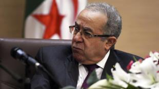 Ramtane Lamamra, le ministre des Affaires étrangères algérien a demandé aux autorités françaises de marquer leur réprobation.