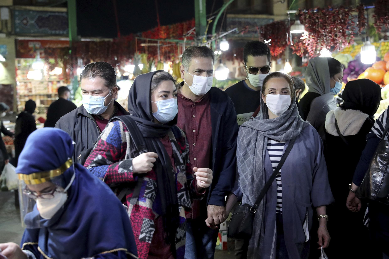 وزارت بهداشت ایران، روز چهارشنبه ٢٨ آبان، اعلام کرد که در شبانه روز گذشته، ۱۳ هزار و ۴۲١ بیمار جدید مبتلا به کرونا شناسایی شده اند و ۴٨٠ نفر نیز جان باخته اند.