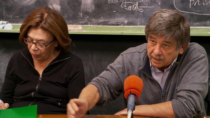 Les avocats argentins Carlos Slepy - à qui le générique du film rend hommage car il est décédé peu après le tournage - et Ana Masutti.