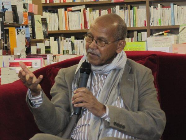 Nuruddin Farah gives a talk at L'Afrique en marche