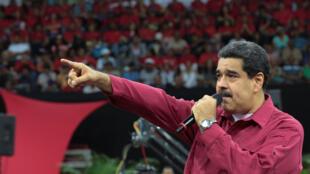 Rais wa Venezuela, Nicolas Maduro, apuuzia vikwazo vya Marekani dhidi yake.