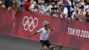 Ecuador's Richard Carapaz wins the men's cycling road race at the Tokyo Olympics