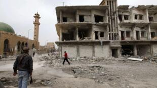 Moja ya majengo ambayo yameharibiwa kutokana na mapigano yanayoendelea nchini Syria