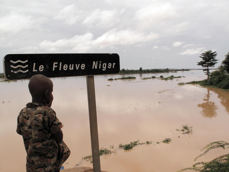 (illustration) Le fleuve Niger est encore sorti de son lit.
