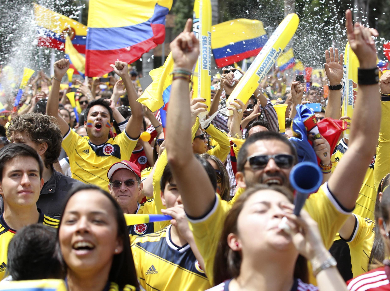 Colombianos acompanharam partida nas ruas de Bogotá e vibraram com a vitória.