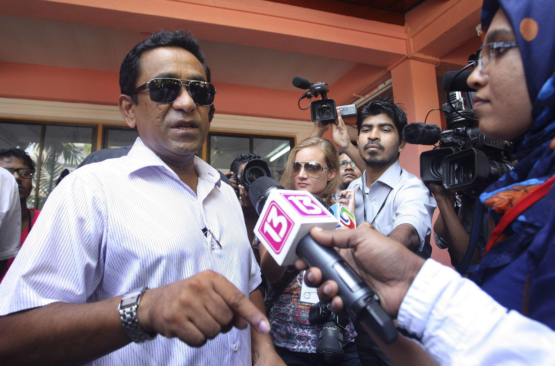 Abdulla Yameen s'adressant à la presse, le 9 novembre 2013.
