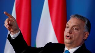 O primeiro-ministro húngaro, Viktor Orban, em Budapeste, nesta quinta-feira (10)