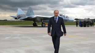 Le président russe Vladimir Poutine a engagé une intensification des bombardements russes en Syrie.