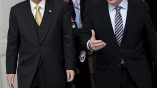 De g à d, le secrétaire général de l'ONU, Ban Ki-Moon et le Premier ministre danois Lars Loekke Rasmussen.