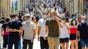 Улица Сен-Катрин в Бордо. С 31 августа ношение маски в этом городе стало обязательным.