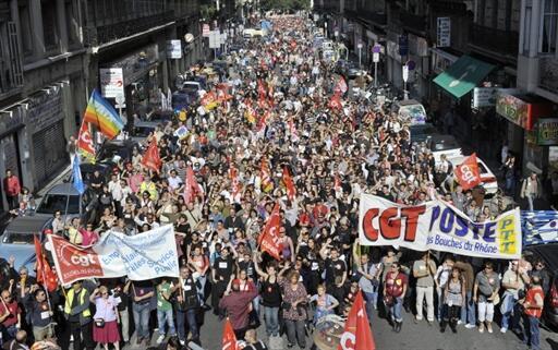 Manifestantes nas ruas de Marselha, 12 de outubro de 2010.