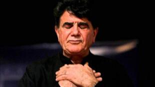 پیکر محمدرضا شجریان اسطورۀ آواز و موسیقی ایران، برای خاکسپاری در توس به مشهد منتقل شد