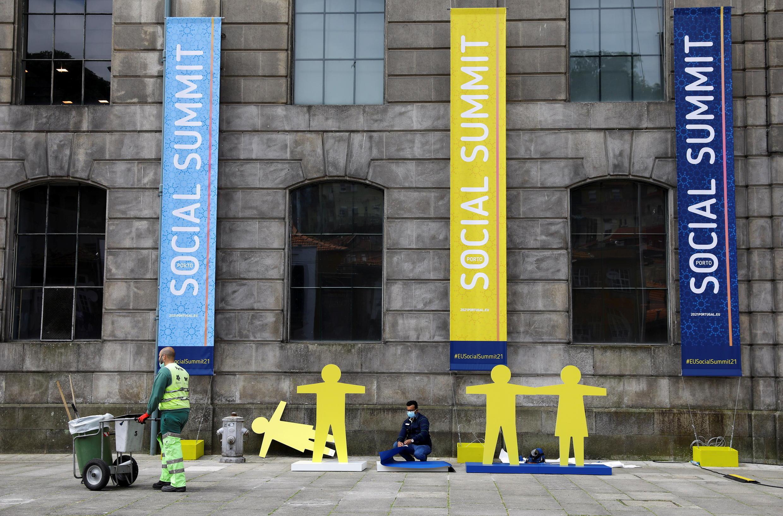 Le sommet social de l'Union européene en préparation à Porto. Le 6 mai 2021.
