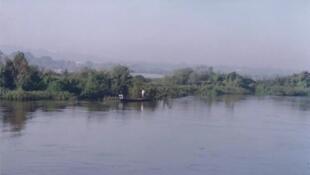 """""""Fleuve Niger"""", Bamako, Mali la  (ja)."""