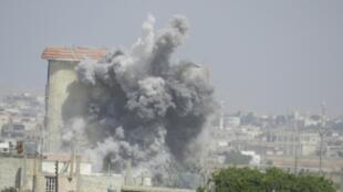 نمونه ای از بمباران شهر حمص در جریان درگیریهای اوایل ژوئیه.