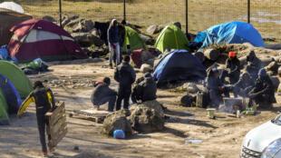法国加莱一移民聚集地资料图片