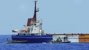 O navio irlandês Raquel-Coorie foi interceptado na manhã deste sábado pela marinha israelense, ao largo da Faixa de Gaza.