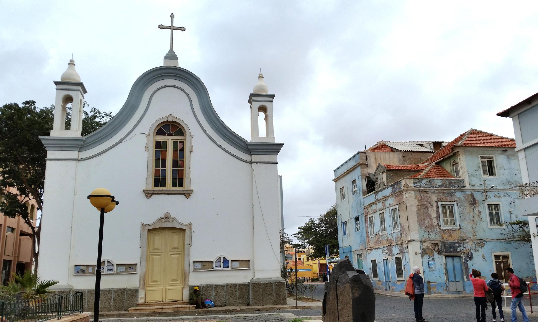 Igreja de Nossa Senhora da Luz, no Mindelo.