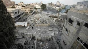 A sede do governo do Hamas em Gaza foi destruída neste sábado, 17 de novembro de 2012, por um míssil israelense.