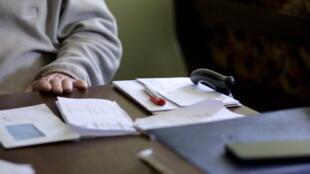 Une consultation médicale à domicile dans la région des Combrailles.