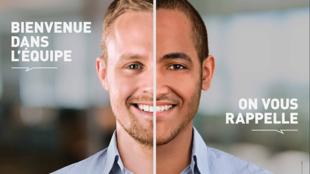 """Campanhas contra a discriminação no mundo do trabalho. Enquanto o candidato da esquerda é imediatamente """"bem-vindo na equipe"""", o da direita rebece como resposta um """"entraremos em contato""""."""