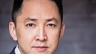 Portrait de Viet Than Nguyen.