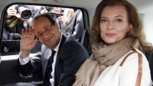 Франсуа Олланд и Валери Триервейлер 06/05/2012 (архив)