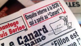 La une du «Canard enchaîné» du 11 novembre 2010.